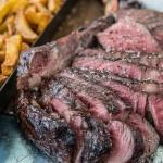 Tomahawk Steak von der Beilerei (zart rosa)