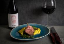 Lammkarree mit Maiscreme, Polenta und Chimichurri - Silvestermenü | Kreutzers.eu